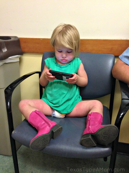 2-year-old-toddler-with-boots