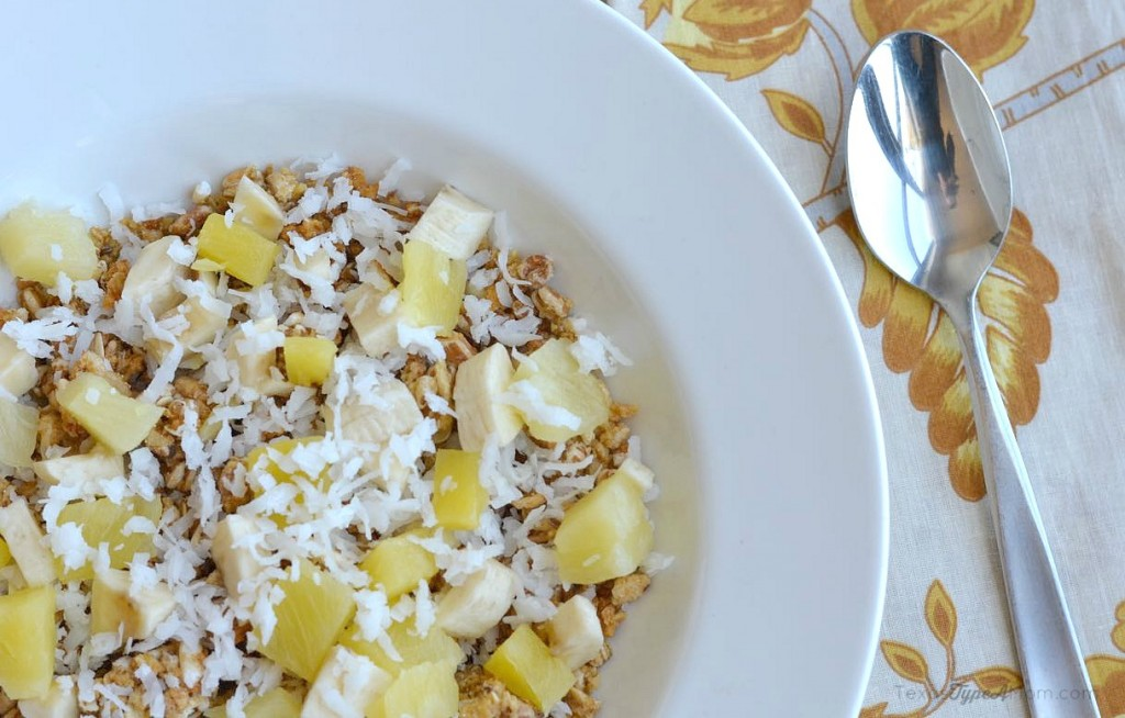 Tropical Breakfast Oats