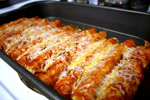 Chicken Enchiladas Easy cheesy chicken enchiladas