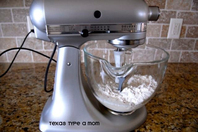 Kitchenaid Deluxe Edition Stand Mixer Review