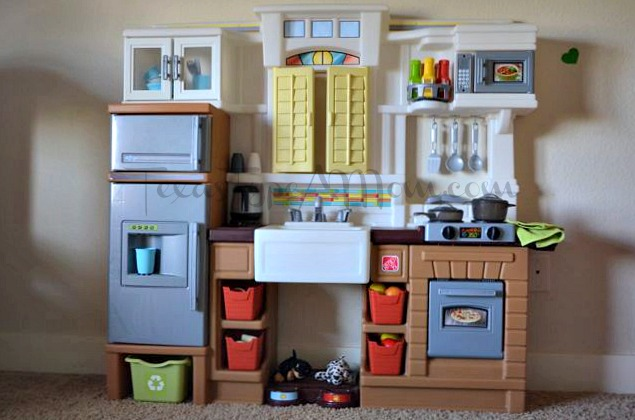 Step 2 Play Kitchen step2 creative cooks kitchen review and giveaway
