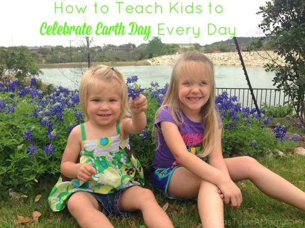 How-to-Teach-Kids-to-Celebrate-Earth-Day-Every-Day + DIY Foaming Hand Soap Tutorial #Walgreensology #shop