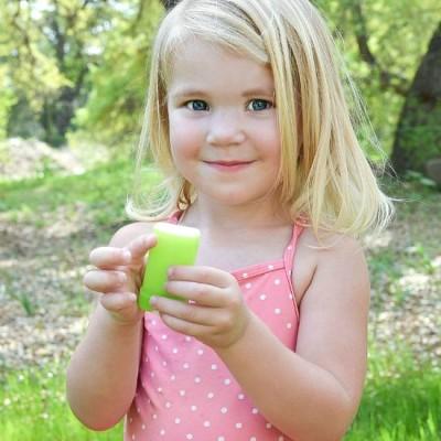 7 Tips for Applying Sunscreen to Kids