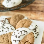 Bailey's Irish Cream Cookie Recipe. This easy St. Patrick's Day dessert recipe uses Bailey's to take these cookies over the top that both kids and adults will love! #baileysirishcream #baileysrecipes #stpatricksdaydessert #stpatricksdayrecipes #boozydesserts #boozyrecipes #cookies #bestcookies #cookierecipes