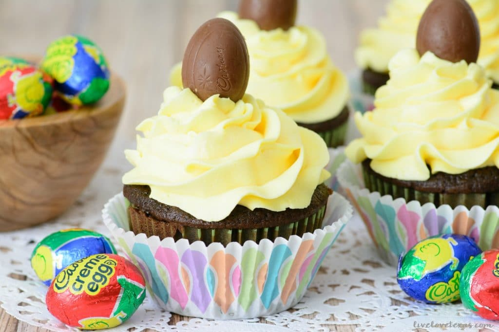 Cadbury Creme Egg Cupcakes Recipe + Easy Homemade Buttercream Frosting Recipe