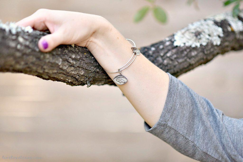 denver-broncos-alex-ani-bracelet