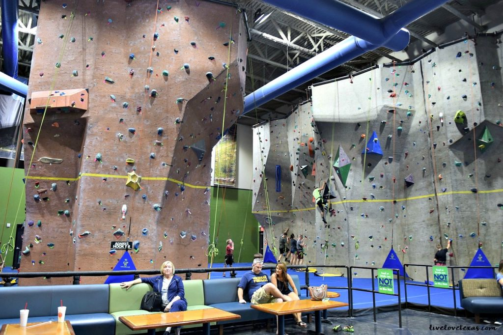 main-event-rock-climbing-area