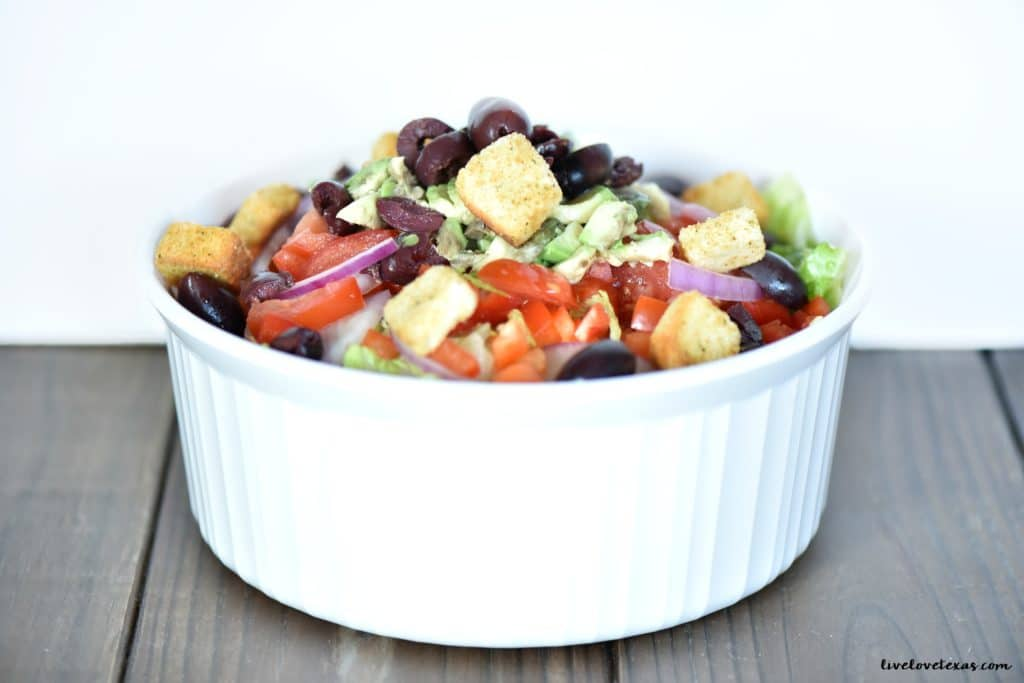 Easy salad in bowl