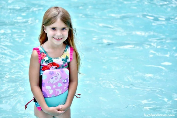 5 Tips to Help Your Child Quickly Learn How to Swim