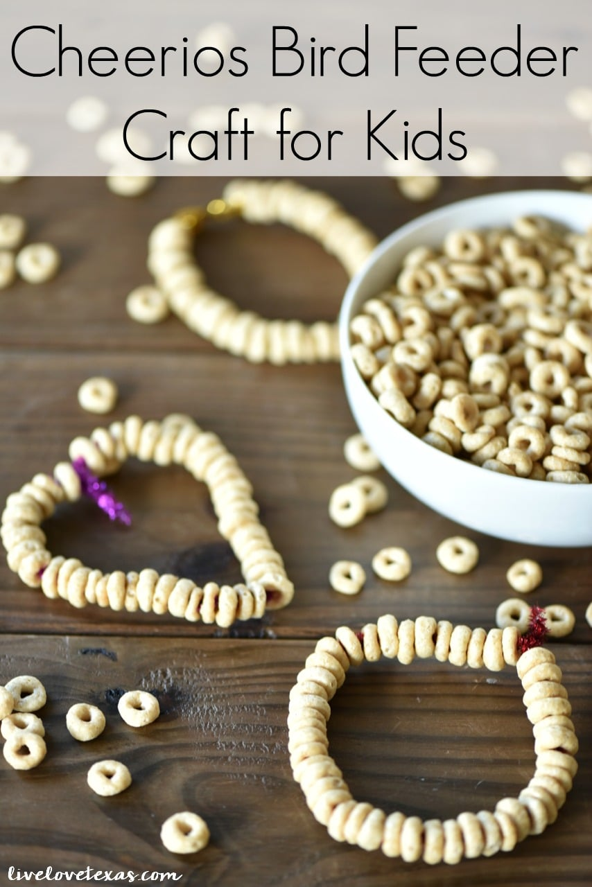 Easy craft idea for kids: Cheerios Bird Feeder. These 5 Educational Boredom Busters for Summer Vacation are great ideas to keep kids from fighting and be prepped for the next school year
