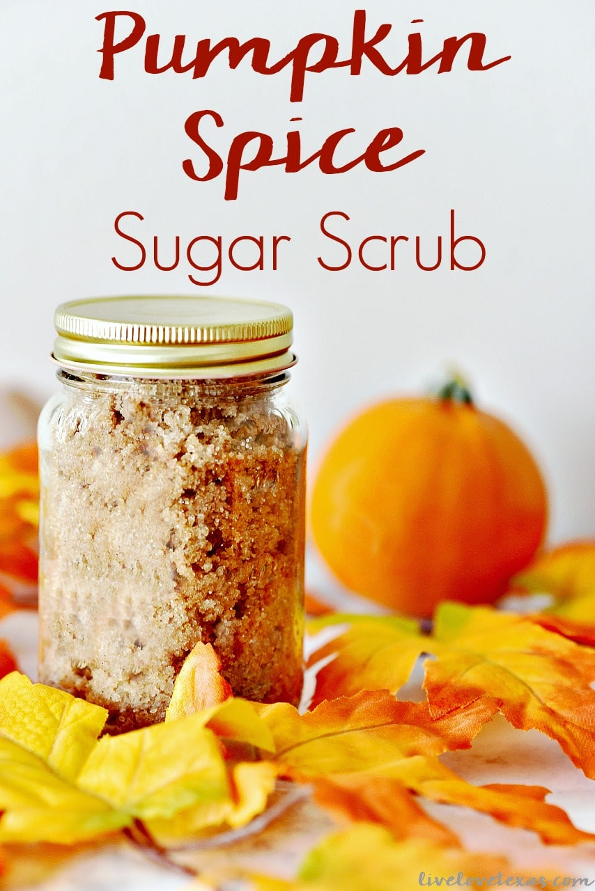 This easy to make pumpkin spice sugar recipe has only four ingredients and is perfect for gifts or your own homemade personal body scrub. #sugarscrub #diy #recipe #homemade #essentialoils #gift #pumpkinspice #pumpkin #diybeauty #beautyrecipes