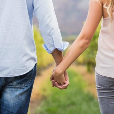 5 Things to Do for Your Husband That He Needs Each Day