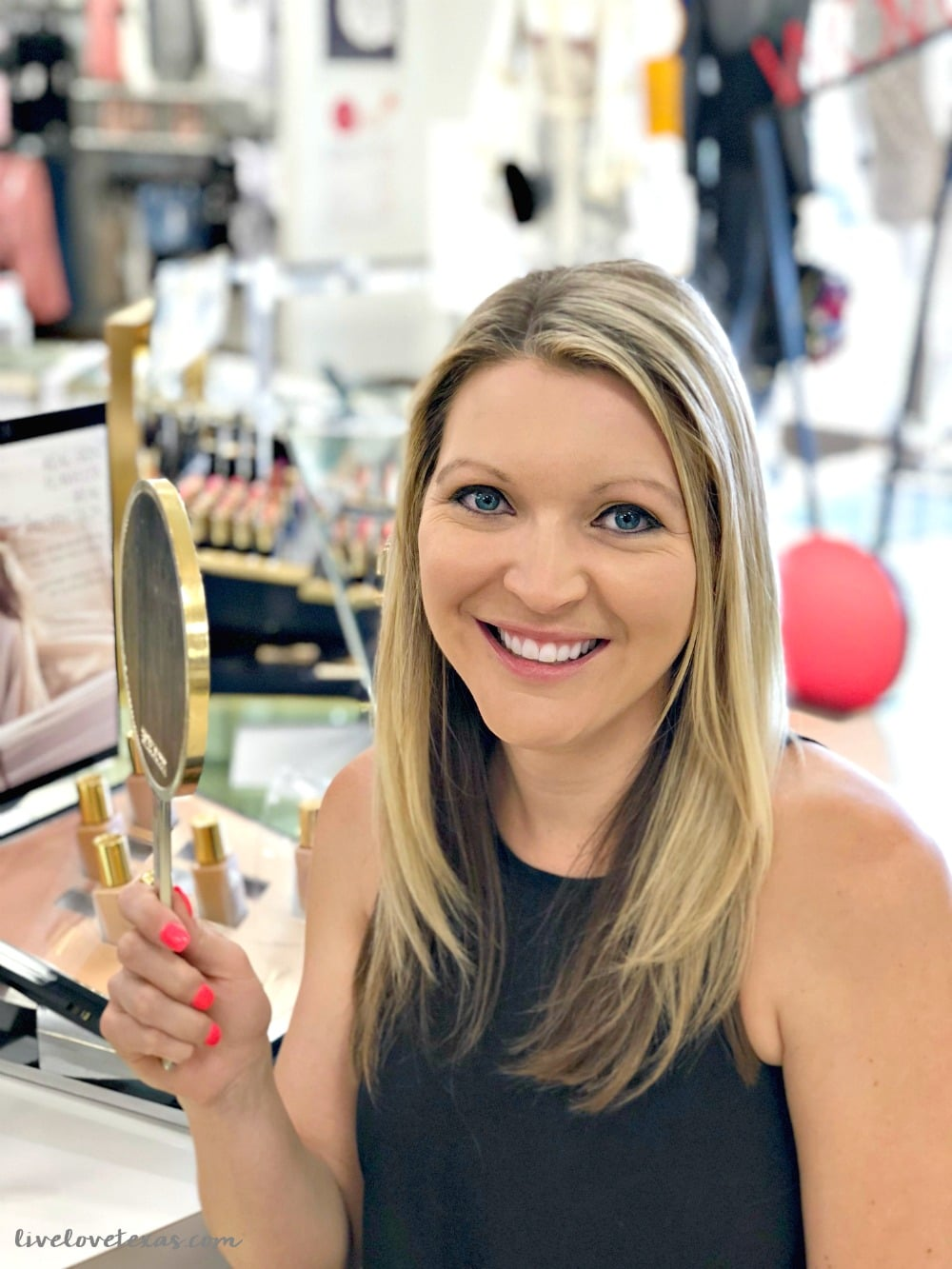 What is the Bealls Beauty Bar? Come check out all of your favorite brands at great prices along with complimentary beauty consultations so you can feel and look like the best version of you!
