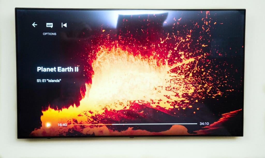 If you're like most people you're probably asking yourself, what's a smart tv anyway and how does it work? Learn the features of the LG SUPER UHD SK9000 TV that will change your TV into the center of your home with is AI capabilities!