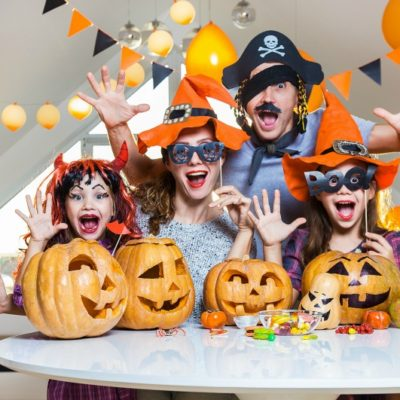 10 Fun Family Halloween Traditions