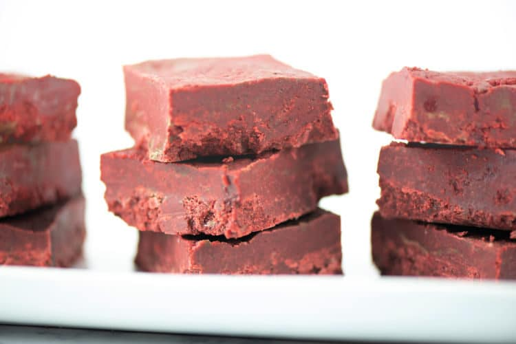 Easy Red Velvet Fudge Recipe – No Baking Needed! #ChristmasSweetsWeek