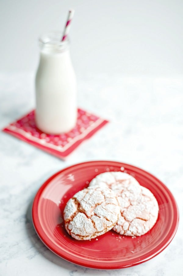 Strawberry Crinkle Cookies Recipe for Valentine's Day