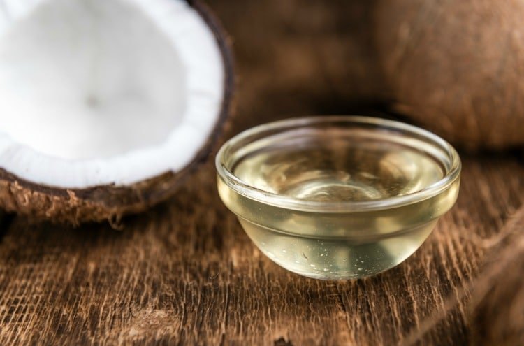 Fresh Coconut Oi in bowl ready for beauty uses