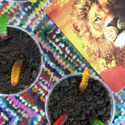Oreo Dirt Pudding Recipe with Worms in Dirt Cups