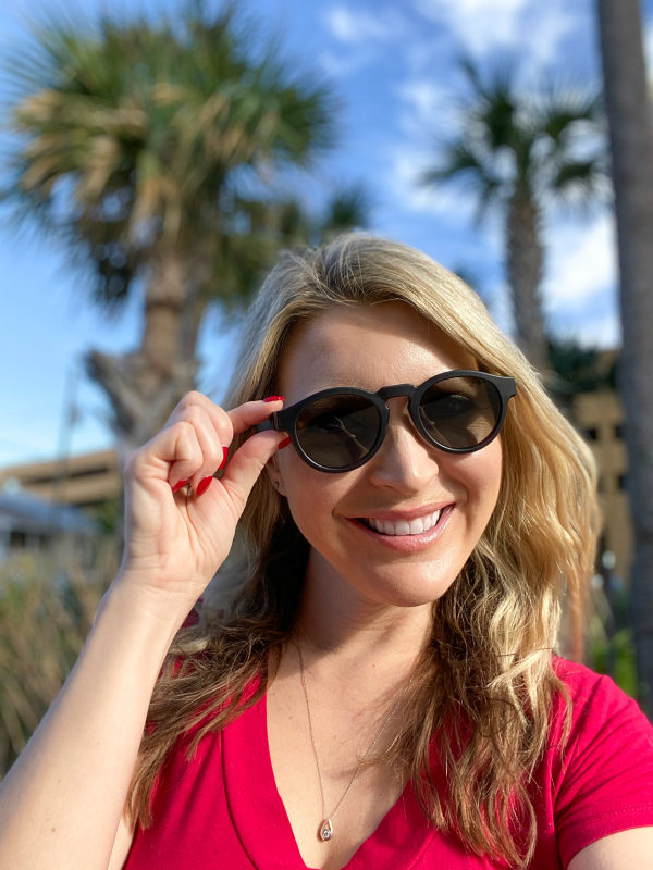 women with heart shaped face wearing bose sunglasses