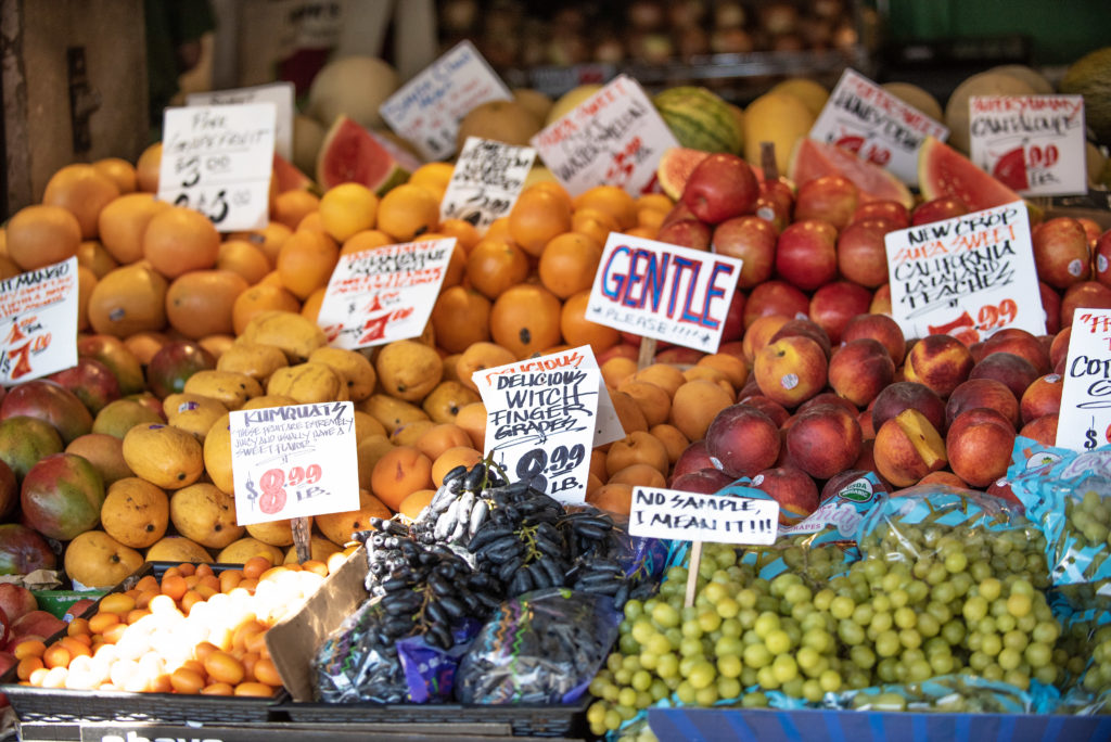 Farmers Marker fruit stand at the Pike Place Market